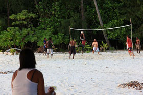 Barefoot Conservation volleyball match