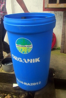 new barefoot conservation waste bins